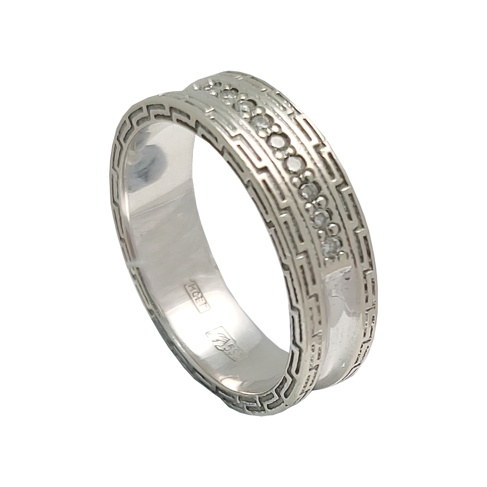 Кольцо иззолота сбриллиантом (57 гр.)